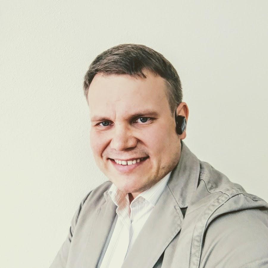Олександр Фролов